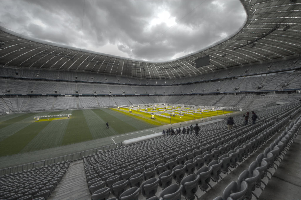 Stadio Allianz Arena vuoto HDR
